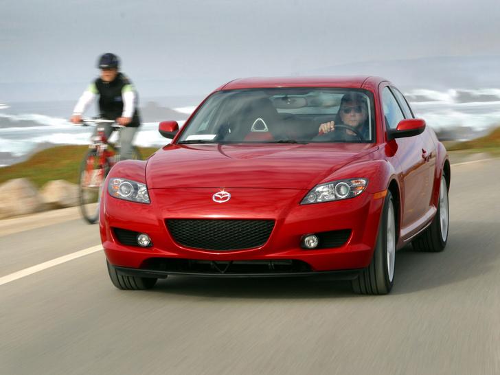 Фото №7 - Очевидные и невероятные: 7 самых необычных автомобилей Mazda