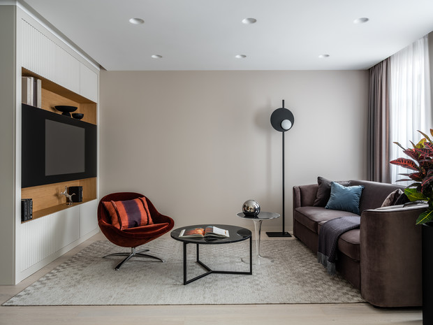 Фото №1 - Лаконичная квартира с черными акцентами