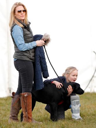Фото №11 - Самые трогательные фото королевских мам с детьми