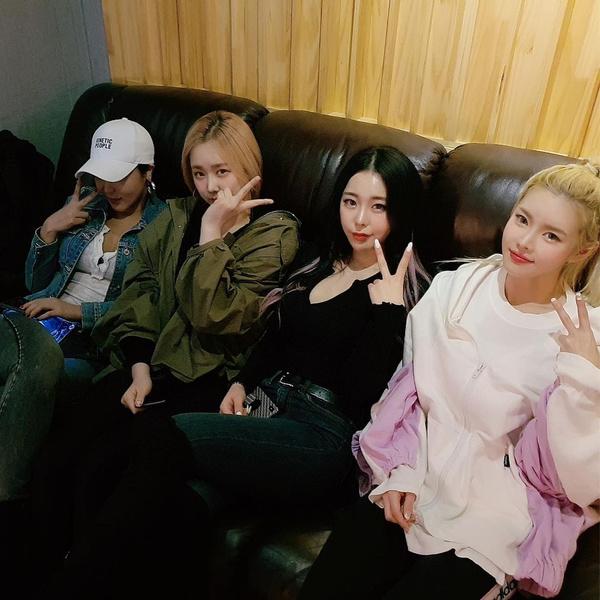Фото №2 - Самые скандальные женские k-pop группы 🔥