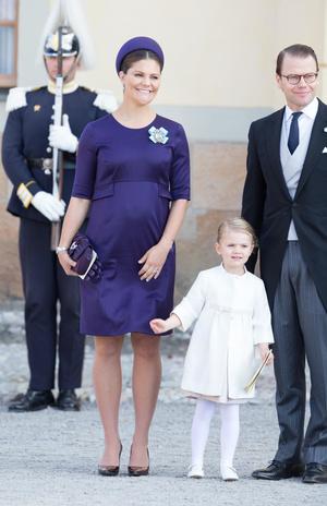 Фото №51 - Стильное положение: как одеваются беременные королевы, принцессы и герцогини