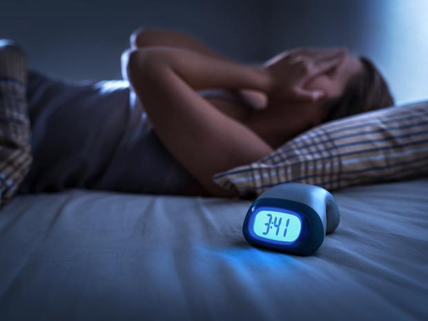 Фото №2 - Беспокойный сон: почему вы просыпаетесь по ночам (и как решить проблему)