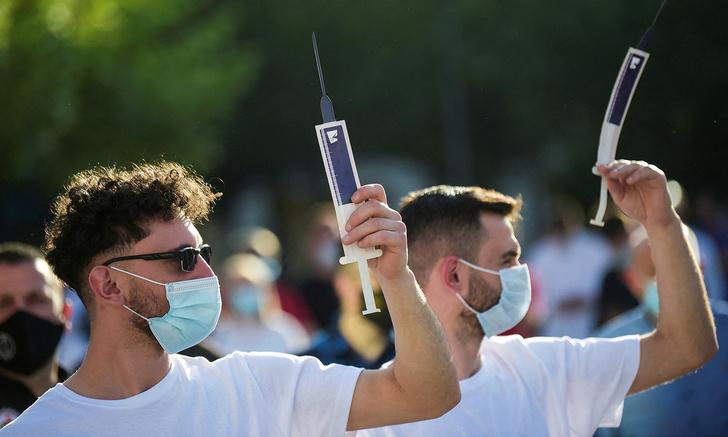 Фото №2 - ВОЗ готовится к «перезапуску» пандемии: спасает ли вакцина от новых штаммов