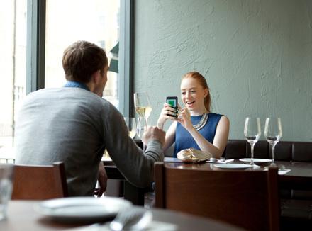 Пара в ресторане