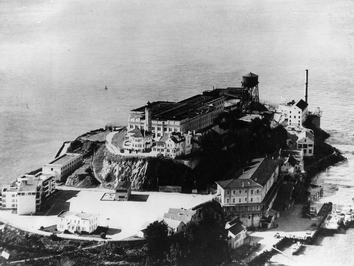Фото №2 - Призраки Алькатраса: мистические обитатели самой известной тюрьмы Америки