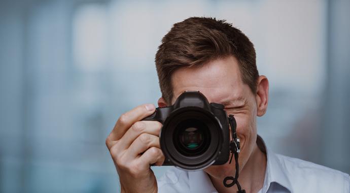 «Посмотреть на себя глазами другого»: как работает фотопсихология