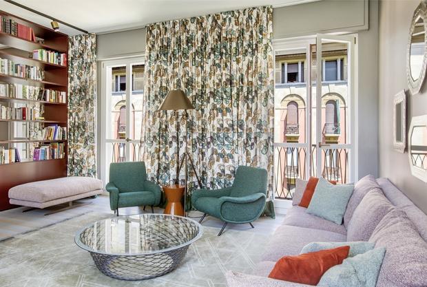 Фото №3 - Тренды 2021: диван + разноцветные кресла