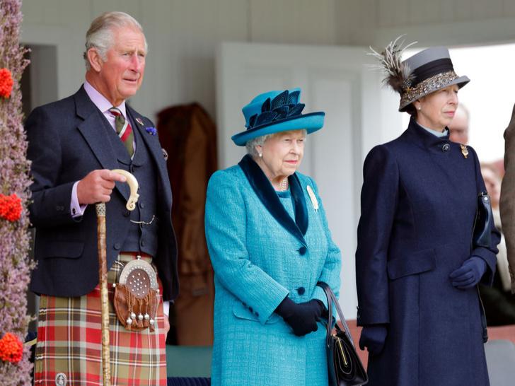 Фото №3 - Законы Короны: почему Джордж, Шарлотта и Луи могли остаться без титулов