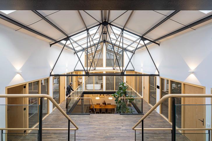 Фото №1 - Апартаменты в старом спортивном зале в Амстердаме