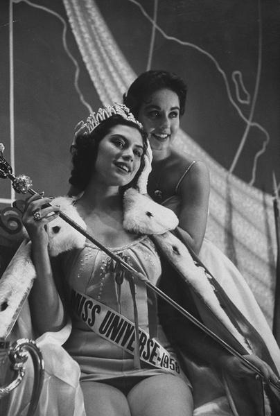 Фото №2 - Лишний вес, политика и скандалы: как сейчас выглядят и чем занимаются королевы красоты XX века