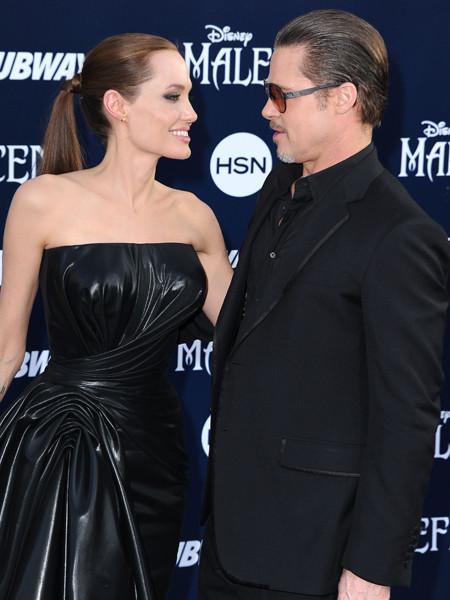 Фото №1 - Джоли рассказала о сексе с мужем