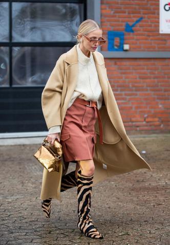 Фото №4 - С чем носить бежевое пальто: модные идеи на любой случай