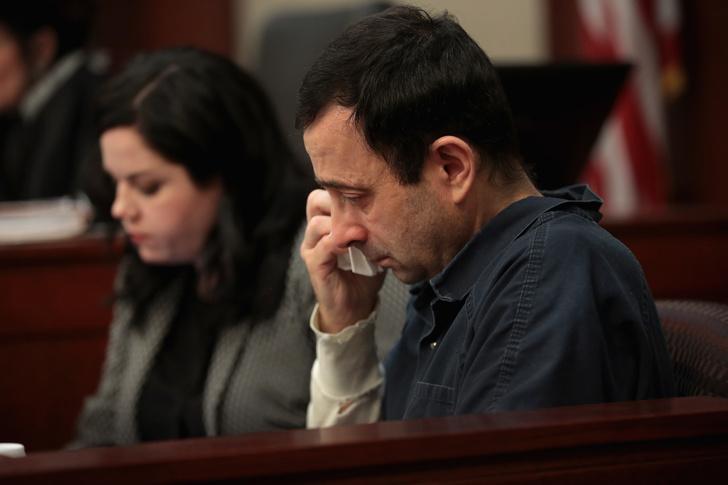 Фото №7 - История Ларри Нассара: как 332 женщины обвинили врача олимпийской сборной США в насилии