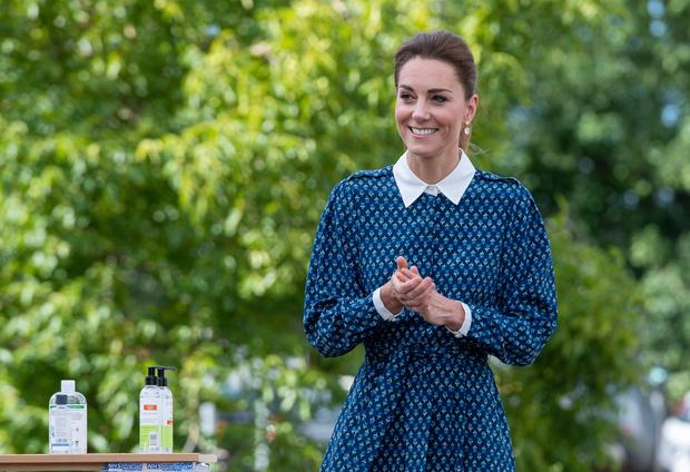 Фото №1 - Осторожнее, Кейт: критики советуют Миддлтон не затмевать Уильяма, чтобы не повторить историю Дианы