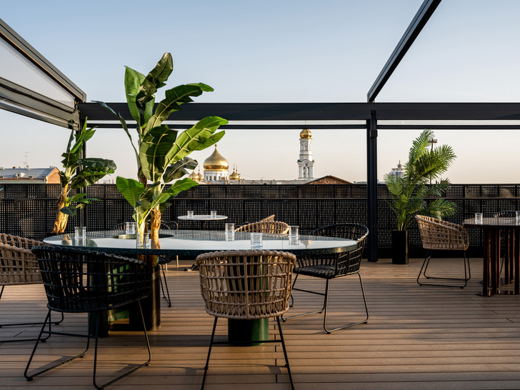 Фото №4 - Бар с панорамными видами на крыше отеля в Ростове-на-Дону