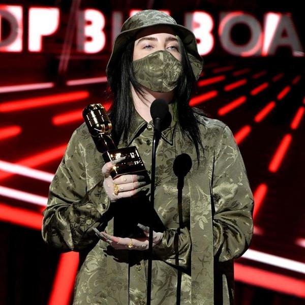 Фото №25 - 20 костюмов на Хэллоуин, которые можно носить с маской