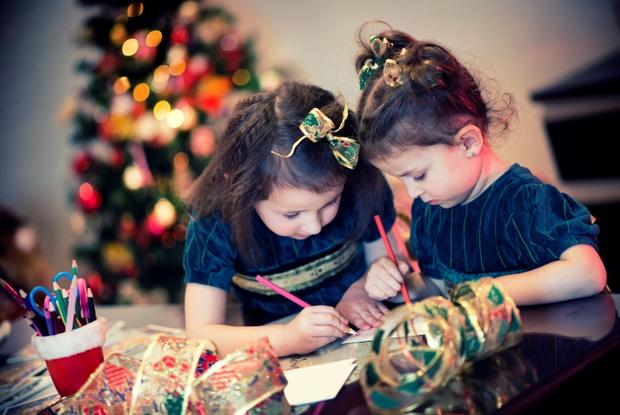 Фото №1 - Как написать письмо Деду Морозу и не стать жертвой мошенников