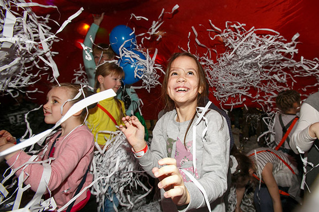 Фото №1 - В Санкт-Петербурге открылся детский город «КидБург»