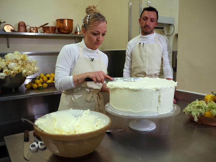 Фото №3 - Королевская традиция, которую нарушил свадебный торт Гарри и Меган