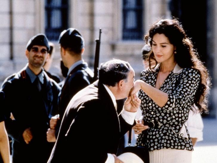 Фото №2 - Жена или любовница: что такое комплекс Мадонны и блудницы (и в чем его опасность)