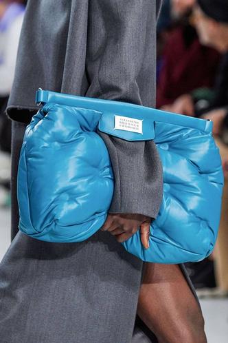 Фото №3 - Дутая сумка— самая уютная сумка этой осени 👜🍂