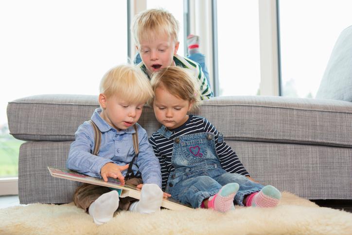 Фото №2 - Классика жанра: проверенные детские книги по возрастам