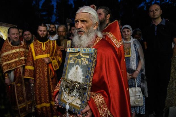 Фото №1 - Схимонах Сергий официально отлучен от церкви