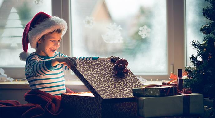 Подарок, который точно запомнится: развивающий конструктор для всех возрастов