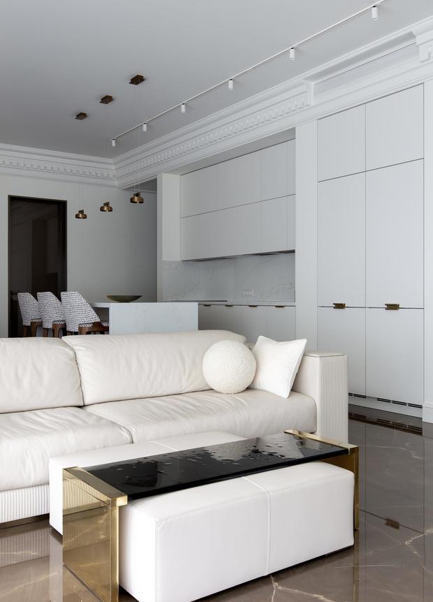 Фото №4 - Белый плюс ваниль: московская квартира 145 м²