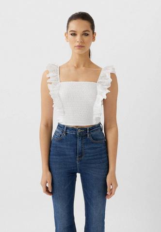Фото №2 - Модные лайфхаки: как визуально увеличить грудь с помощью одежды