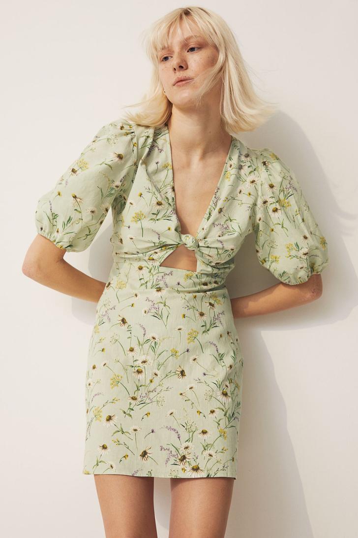 Фото №1 - Летом всем нам нужно платье в цветочек. Вот 20 нежных вариантов