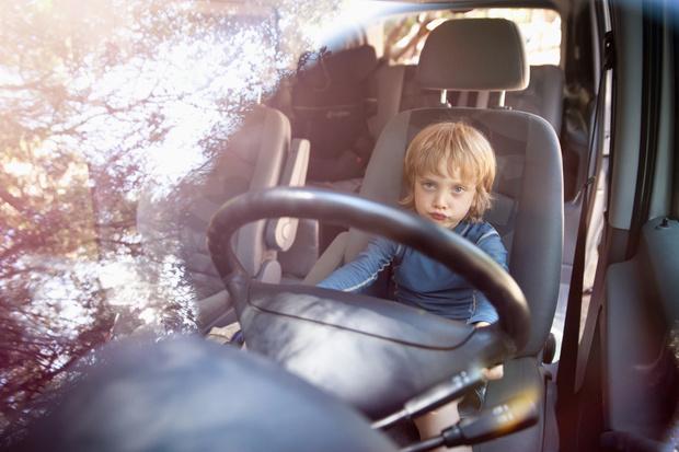 Фото №4 - Младенец выжил в аварии благодаря SМS от мамы