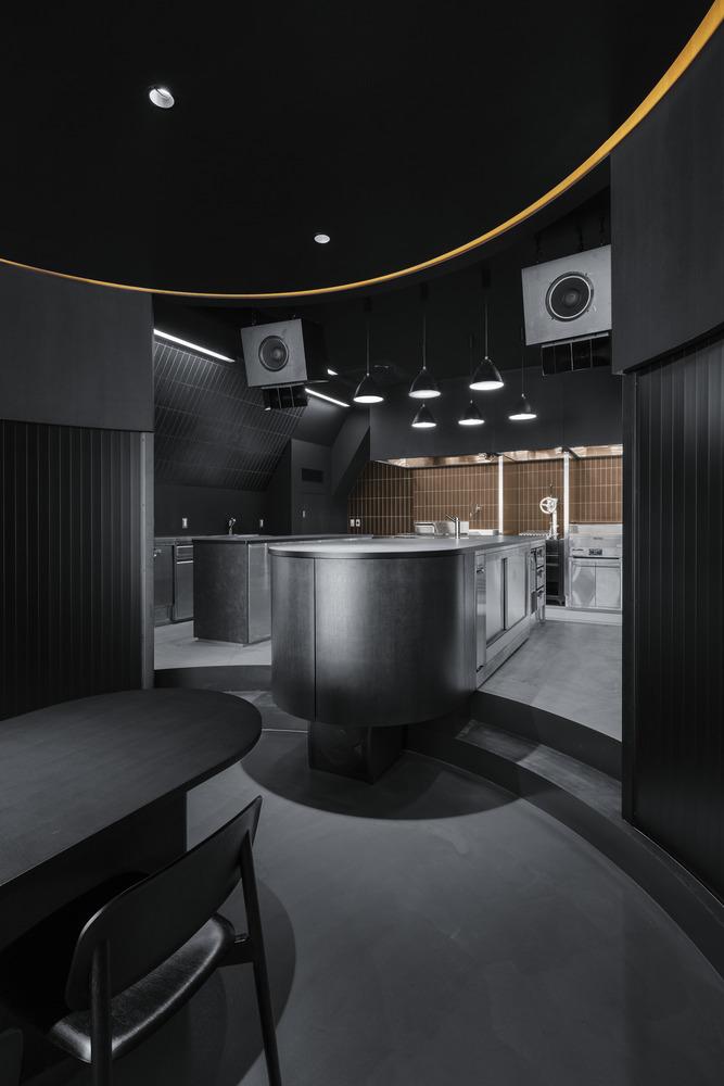 Фото №3 - Ресторан и бар Burnside в Токио по проекту Snøhetta