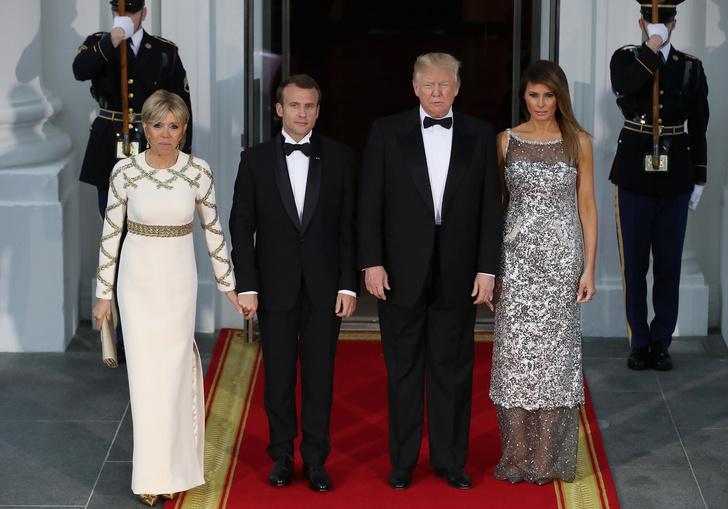 Фото №1 - Жизнь по протоколу: что нельзя делать женам президентов