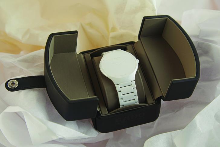 Фото №2 - Сейчас и навсегда: часы Rado, созданные в сотрудничестве с Ли Эделькорт
