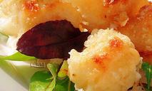 Цветная капуста, запеченная под сырным соусом
