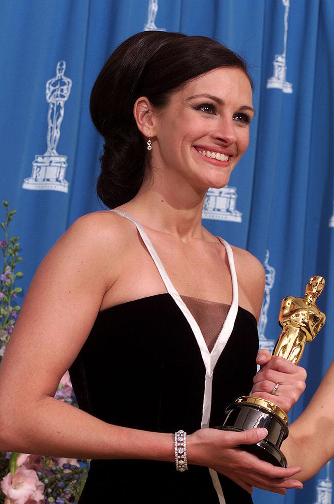 Фото №9 - 17 самых красивых бьюти-образов в истории «Оскара»