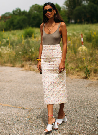 Фото №8 - Анти-оверсайз: как носить облегающие вещи и выглядеть стильно