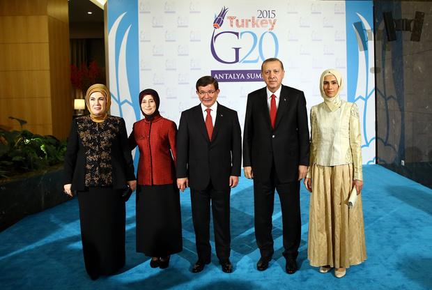 Фото №9 - Как одеваются дочери президентов: от сестер Алиевых до Айшат Кадыровой