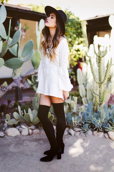 Фото №2 - Тренд лета: как носить платье в крестьянском стиле