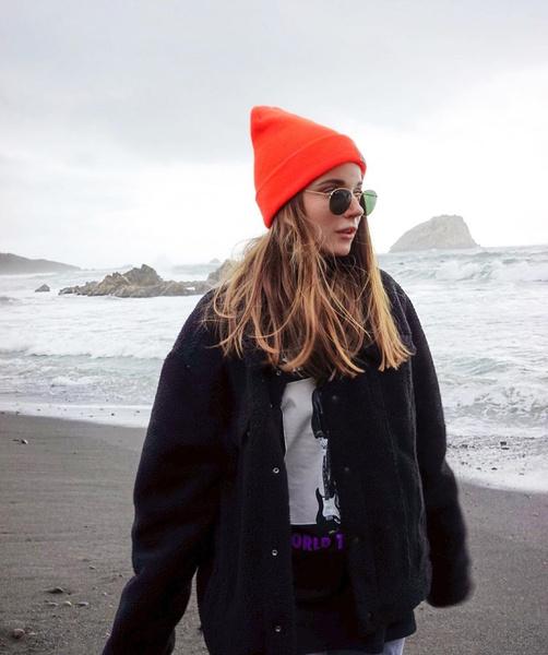 Фото №7 - Модные шапки 2021: смотри, что носит Клава Кока, Аня Покров, Хейли Бибер и другие селебы этой зимой