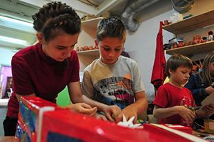 Фото №4 - Интересные мастер-классы для детей к 23 февраля и 8 марта