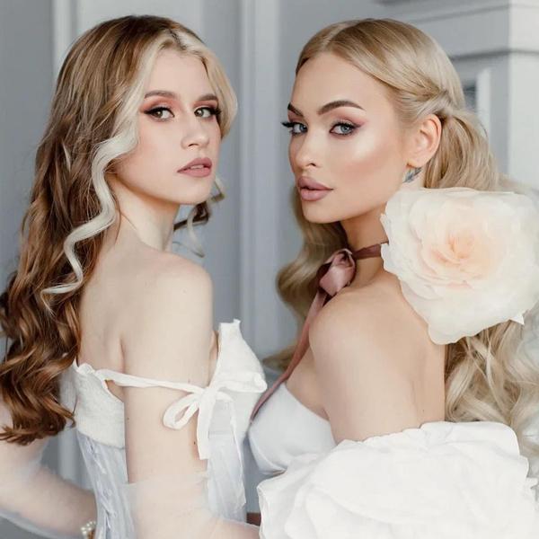 Фото №1 - Как накраситься на фотосессию с подругой: учимся у Насти Усеевой и Вашей Маруси