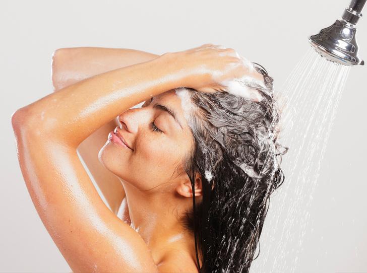 Фото №2 - Как правильно мыть голову (и что вы можете делать не так)