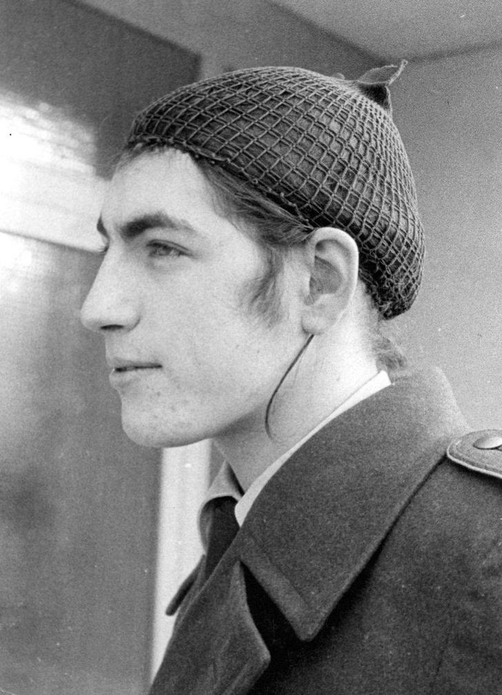 Фото №2 - Откуда в армии Бундесвера пошла мода на длинные волосы