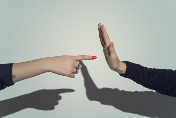 Фото №2 - Как выяснять отношения без ссоры