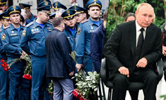 Путин с алыми розами, сотни людей и звание Героя России посмертно: главу МЧС проводили в последний путь