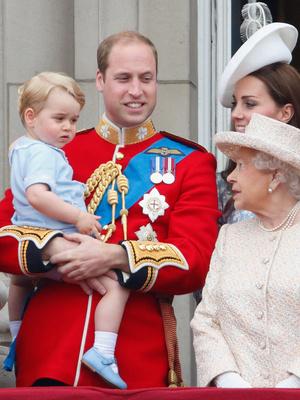 Фото №8 - Общий гардероб: 10 раз, когда Джордж, Шарлотта и Луи носили одежду друг друга