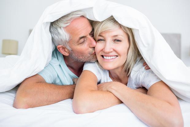 Фото №1 - В постели с менопаузой: как вернуть удовольствие от секса