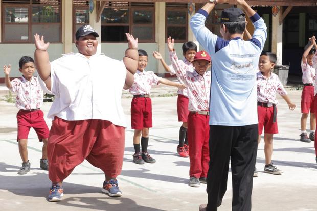 Фото №1 - Самый толстый мальчик в мире похудел на 108 кг: как он сейчас выглядит